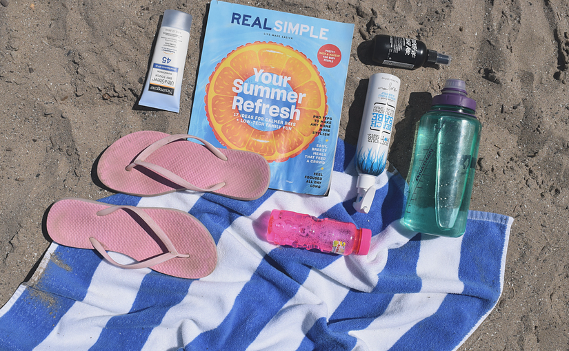9 Must Haves for a Day at the Beach